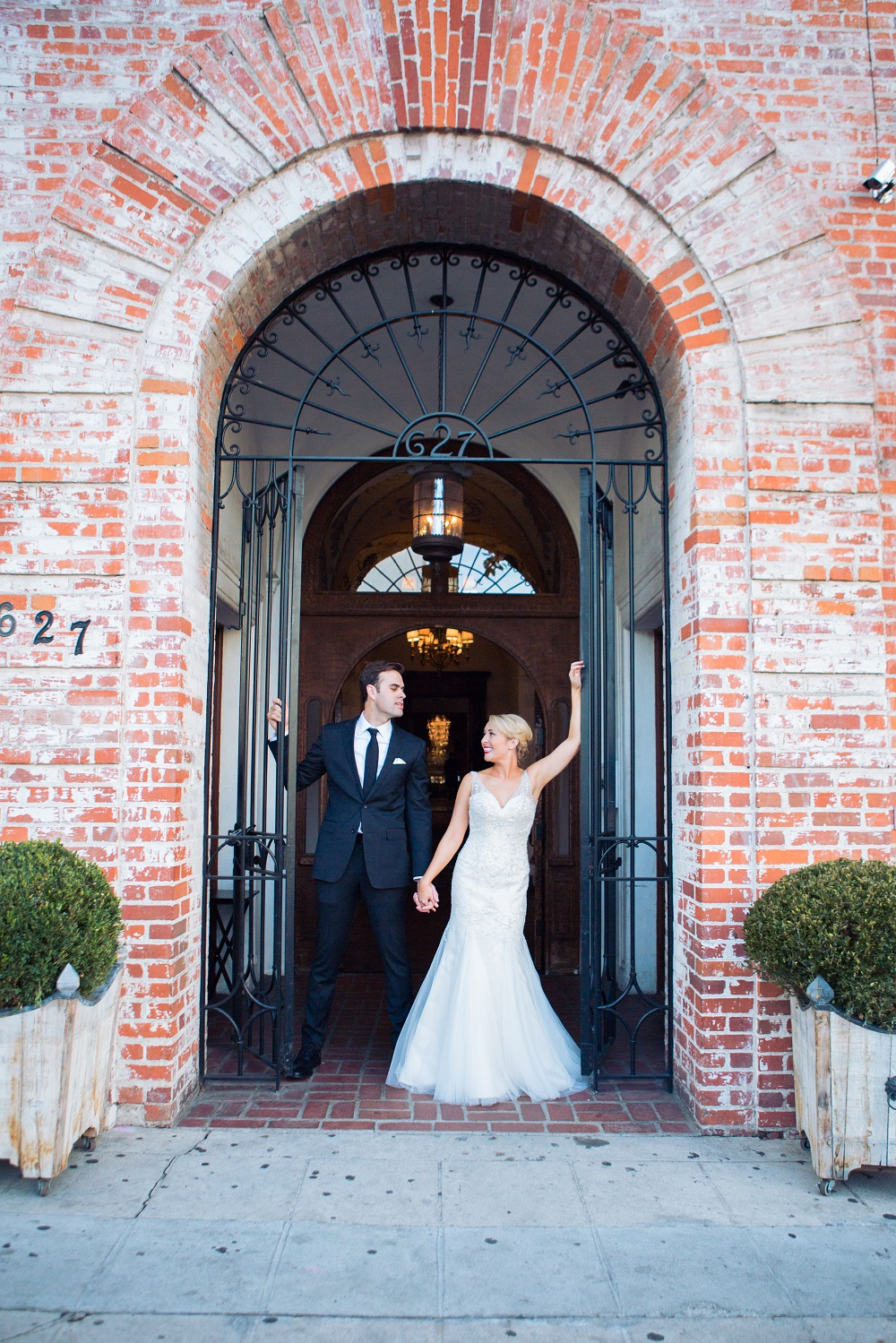 Los Angeles Winter Wedding December wedding fall decor carondelet house luxury wedding planner