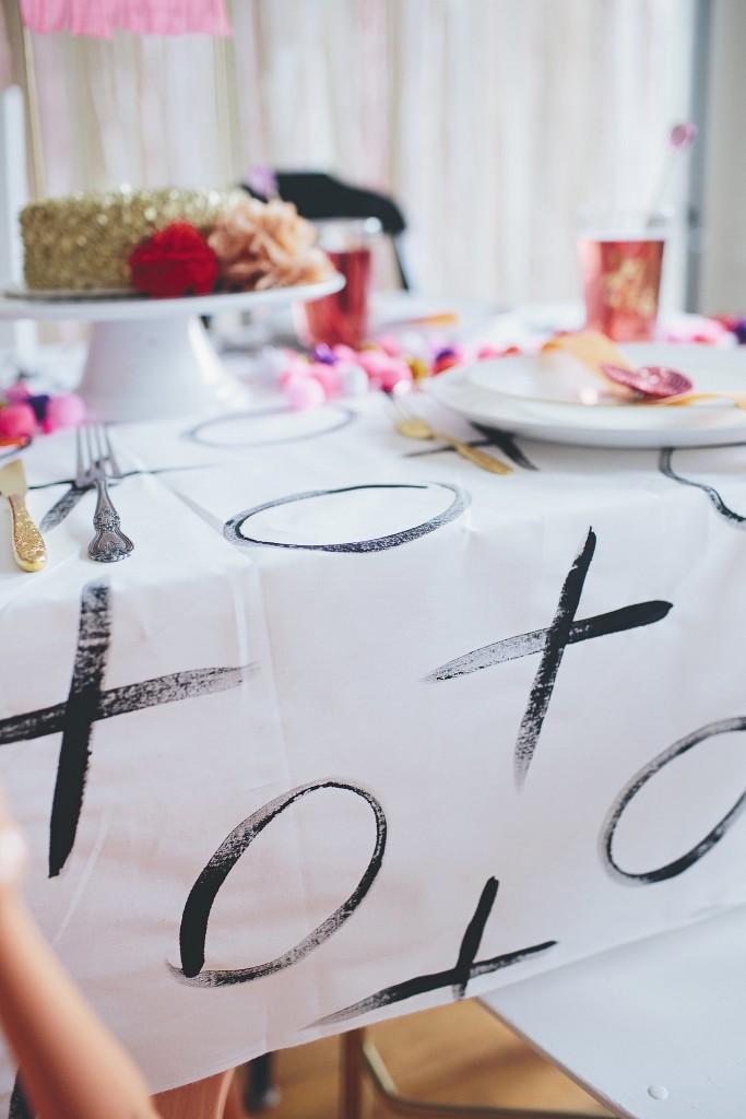 PopSugar tablecloth