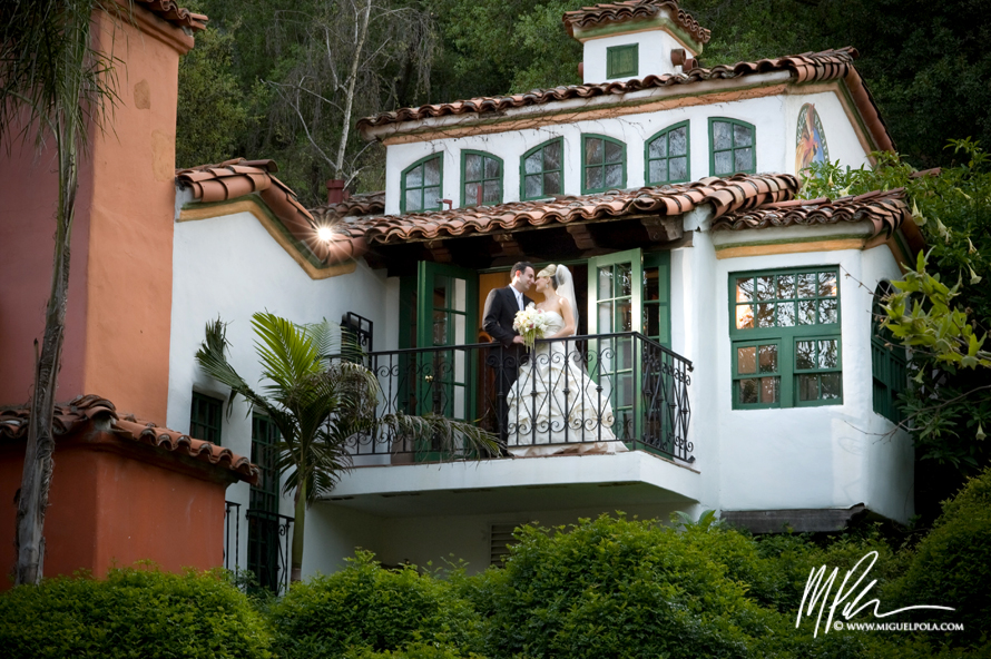 Disney Concert Hall Engagement Photography | Orange County Wedding Photographers