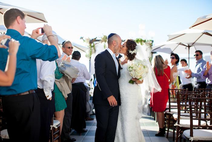 mediterranean wedding, southern california oceanfront wedding, floral design, mediterranean floral design, classic driftwood, wedding decor