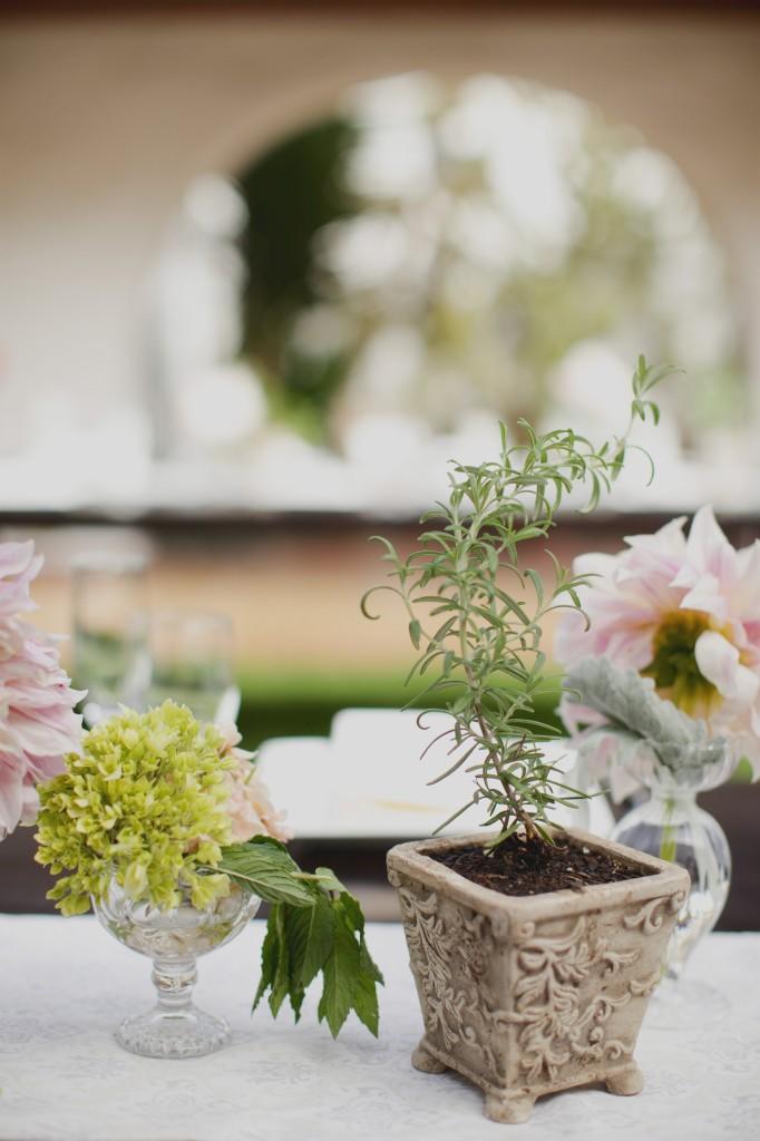 Casa Romantica Wedding, San Clemente Wedding Planner, Herbs wedding decor